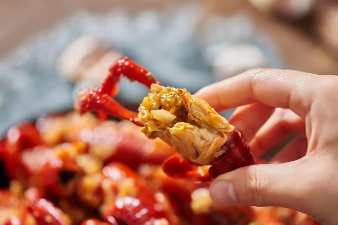 【珠三角、长三角、京津部分地区包邮】全网爆单【葛瑞的小龙虾】强势登陆联联,仅需69.8元抢三斤小龙虾,每斤不到25元,顺丰包邮到家~让你在家撸到爽!好吃没商量~