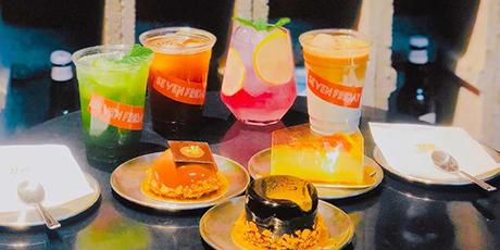 【Seven Fridays丨网红宠物咖啡馆双人餐】29.9元可享Seven Friday撸猫饮品甜品套餐!这家网红/拍照/约会/浪漫打卡胜地!爱宠以及甜品er的福音!